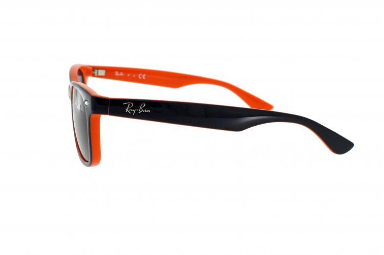 Ray-Ban Sonnenbrille New Wayfarer Junior RJ 9052S 178/80 Gr.47 in der Farbe blau, orange hinterlegt